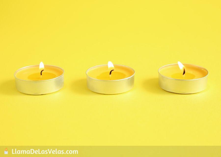 Velas amarillas